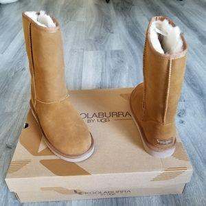 Koolaburra by UGG Suede Boot.